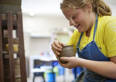 pottery-student